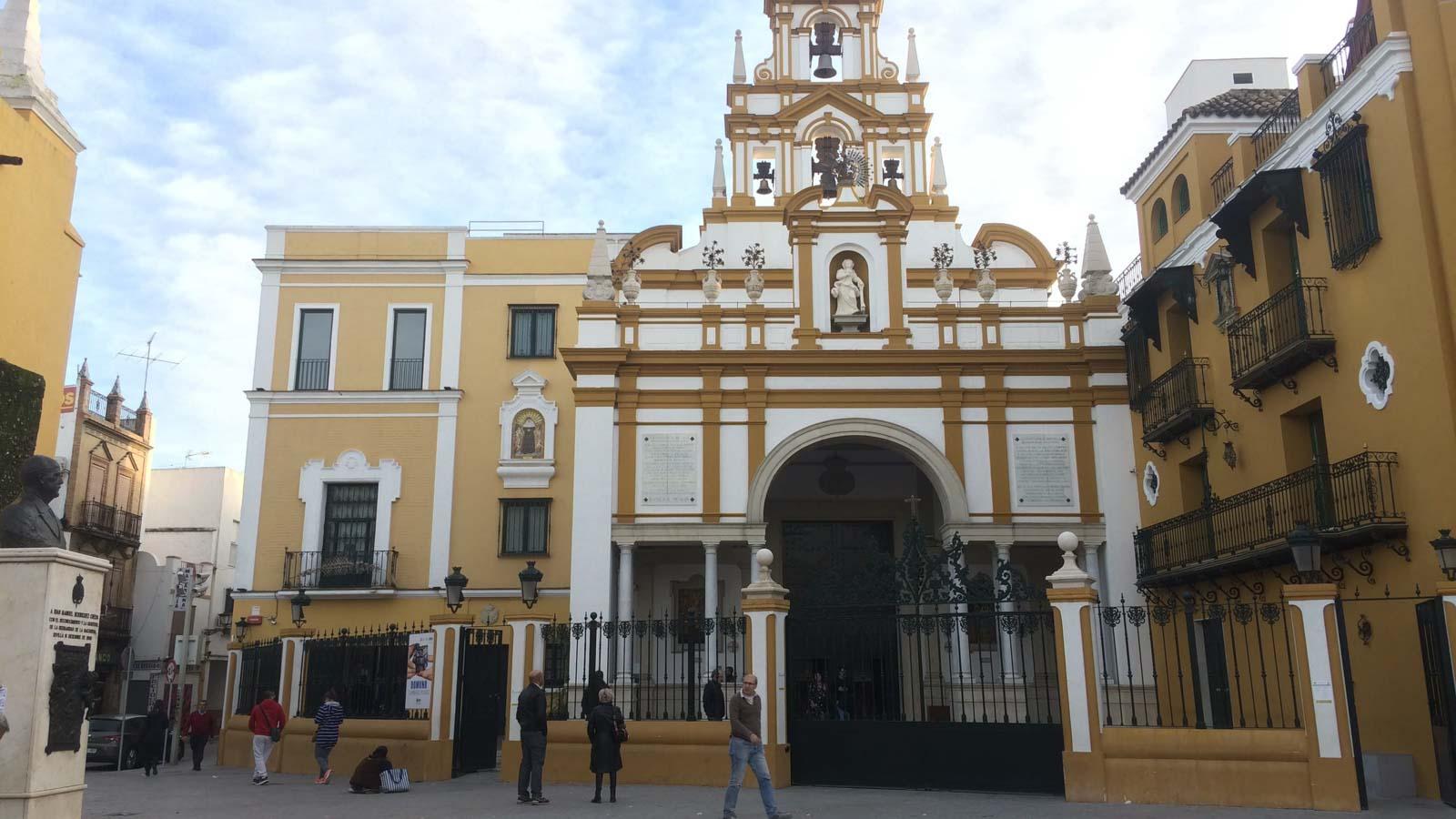 seville virgin hope macarena basilica